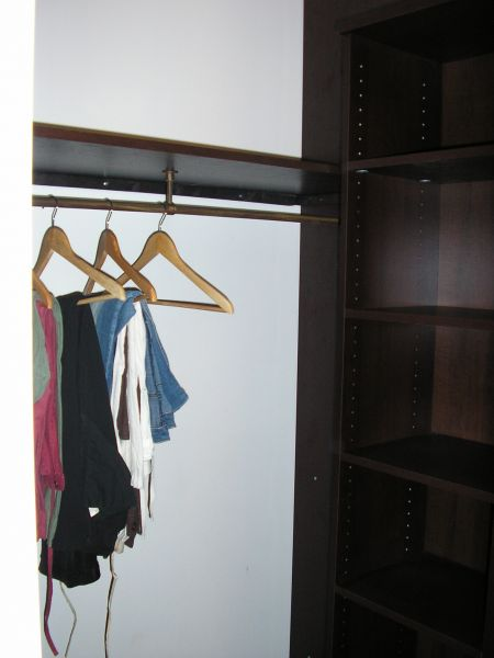 construire avec maison phenix notre histoire placard et dressing. Black Bedroom Furniture Sets. Home Design Ideas